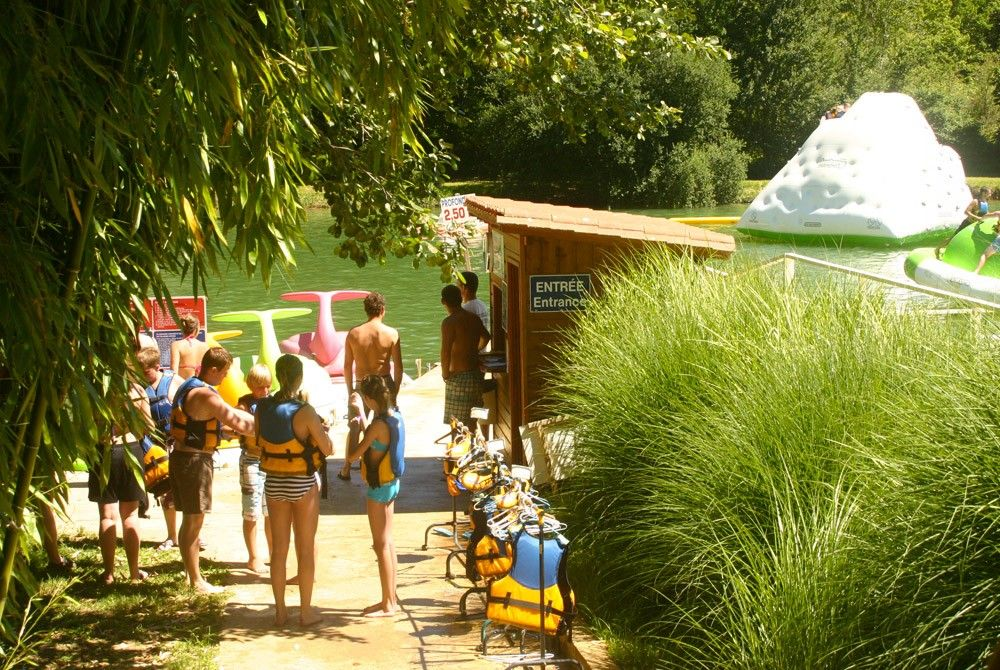 A life jacket for everyone's safety before having fun in the Les Etangs du Bos water park in the Dordogne