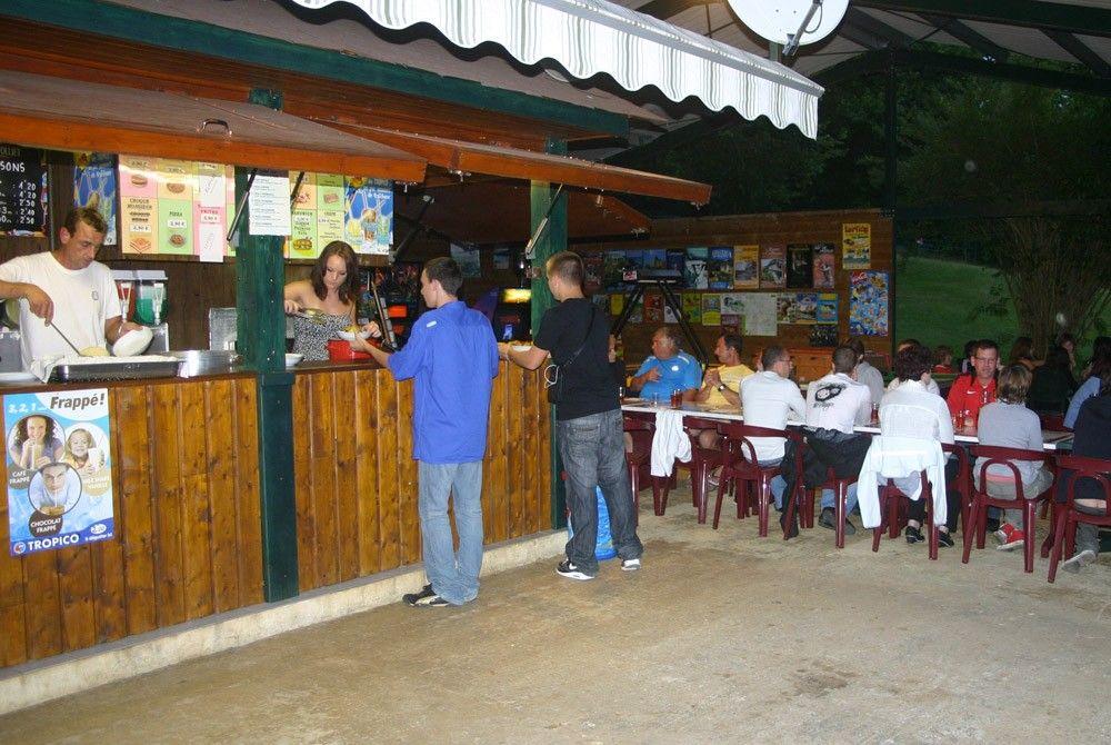 gezellige avonden en lekkere maaltijden met de campinggasten, streekmenu's of andere suggesties
